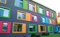 """""""Einmal rund ums Haus – immer nur mit dieser Farbe"""": Zero RenoTop Housepaint Multifunktionsfarbe ist als seidenmatte Variante seit Jahrzehnten ein Erfolg.  Jetzt gibt es die Fassadenfarbe auch in einer matten Ausführung. Leichte Verarbeitung und exzellentes Deckvermögen sorgten für Zeitersparnis, erklärt Zero-Lack."""